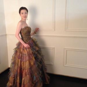 ドレス撮影モデルのマスミさん