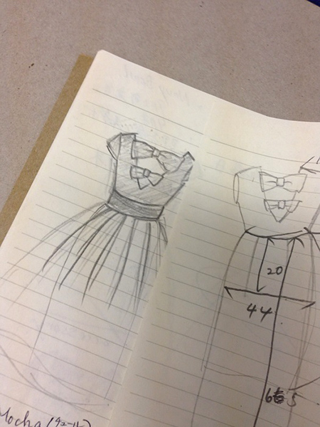 ドレスのデッサン
